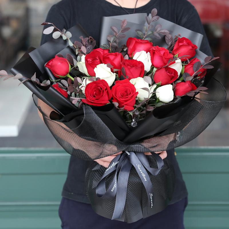 幸福逐漸到來-19支精品混色玫瑰