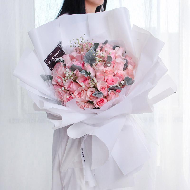 想给自己喜欢的女孩送花表白但又怕她拒绝怎么办