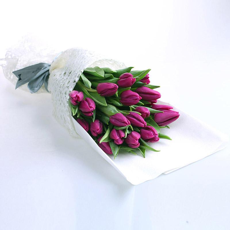 结婚纪念适合送什么花给老婆