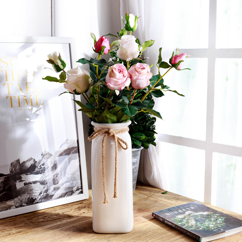 插花中花材的处理和保鲜_插花如何保鲜