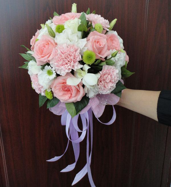 八款婚礼必不可少的手捧花系列分别是哪些呢