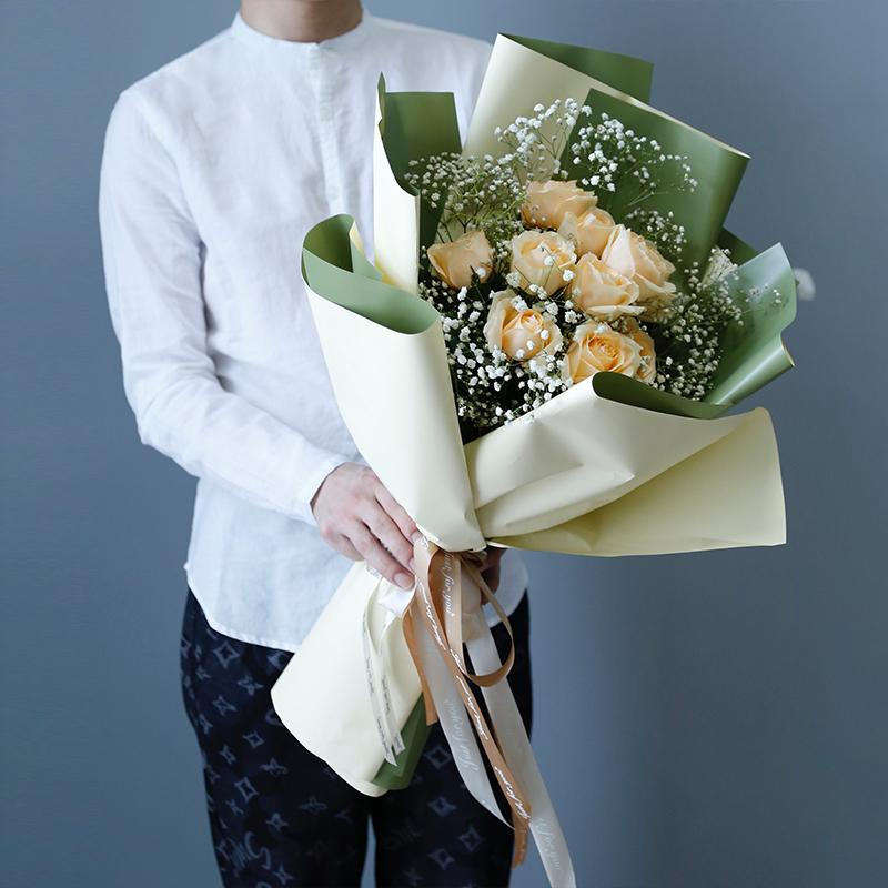 小姐妹过生日应该送什么花?姐妹生日鲜花让情谊更浓