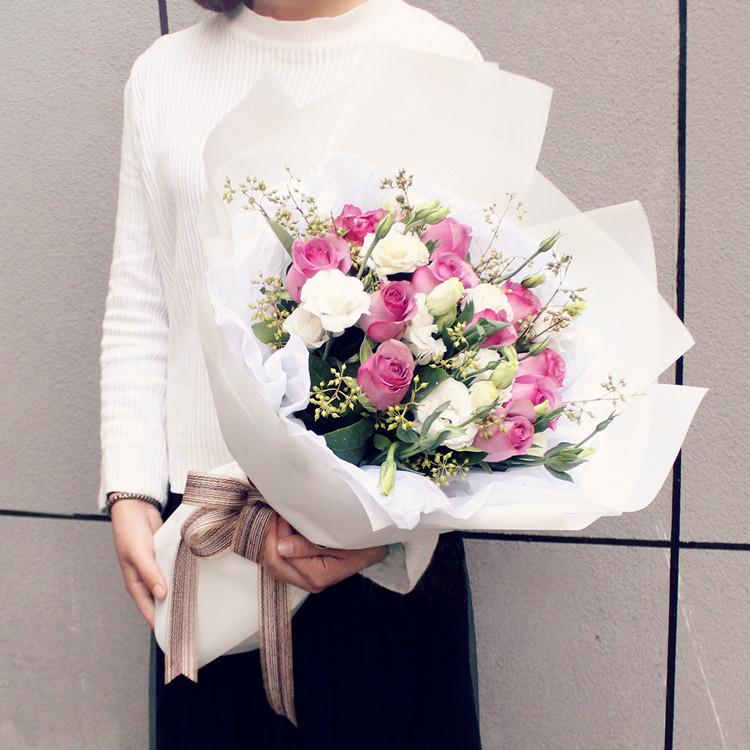 有没有花语是一往情深的鲜花,送给一往情深的女朋友
