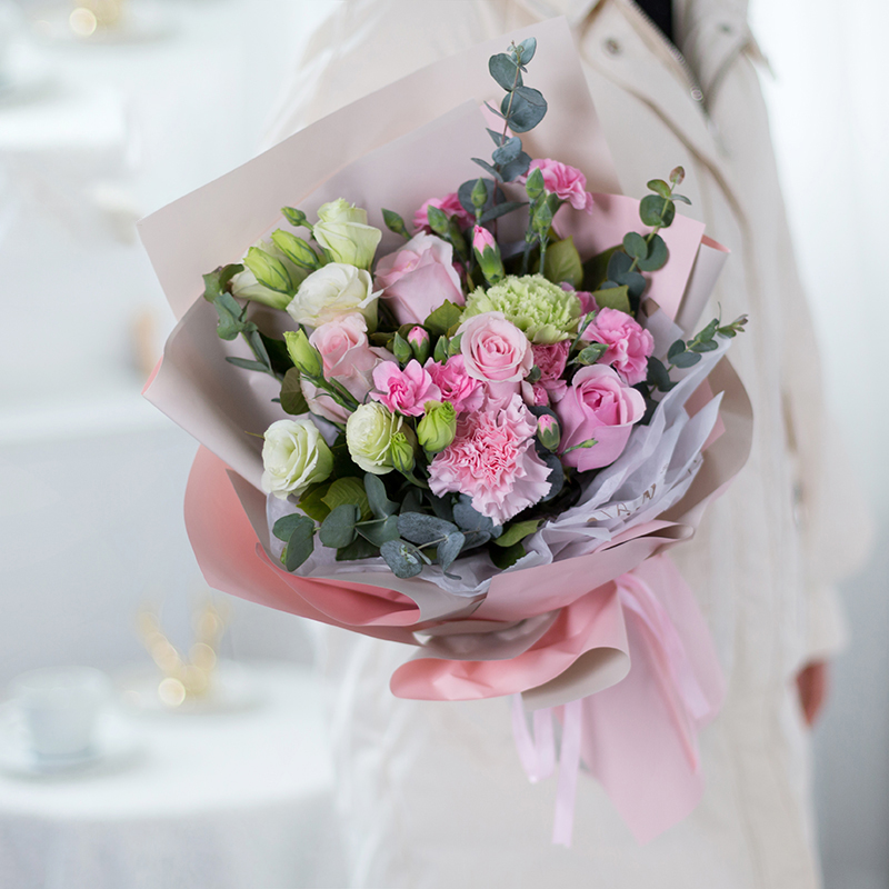 【生日送花】生日送什么鲜花?不同的对象不同送的花也不一样