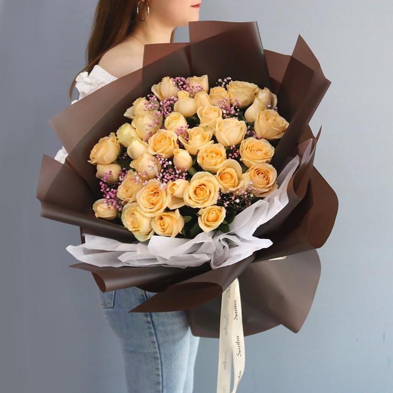 【香槟玫瑰】香槟玫瑰多少钱一朵---香槟玫瑰花语是什么?