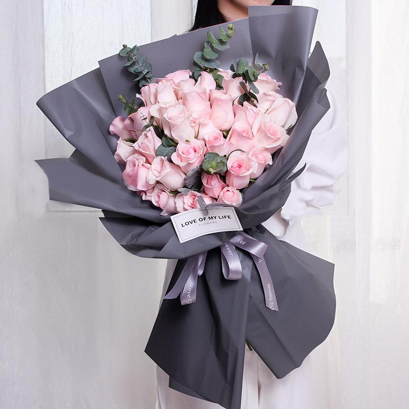 女朋友生日送什么花