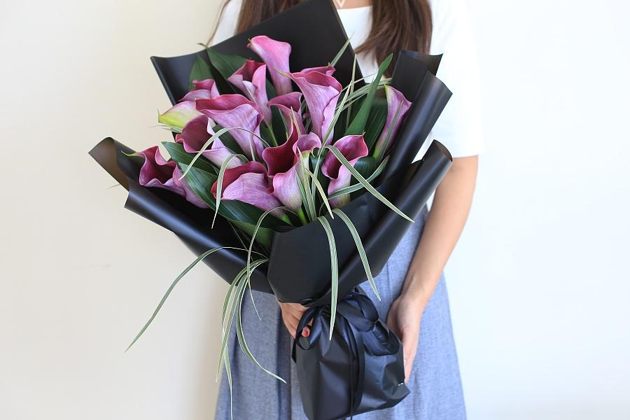 男朋友生日可不可以送花_男朋友生日送什么花呢