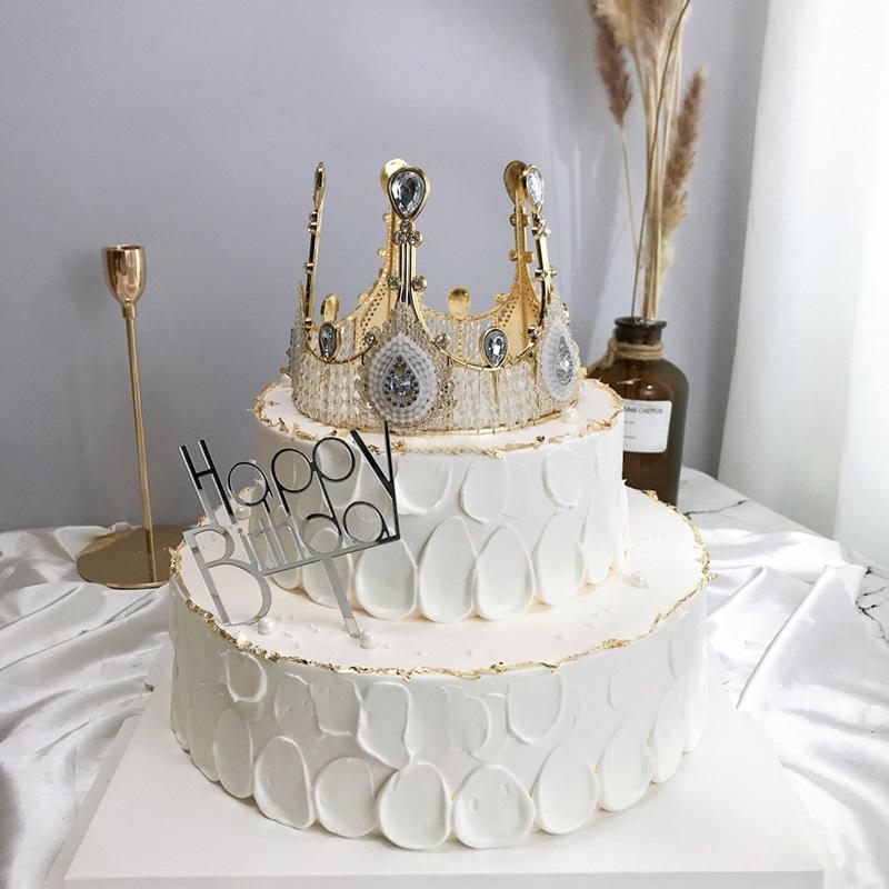 订生日蛋糕送货上门哪家好?蛋糕送货上门网上如何选择?娟蝶鲜花网实用推荐