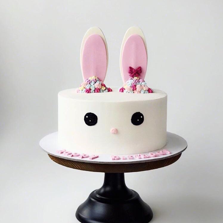 小兔子儿童奶油蛋糕