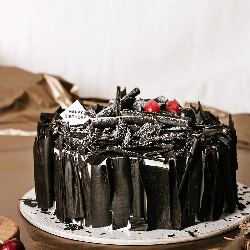 黑巧克力奶油蛋糕