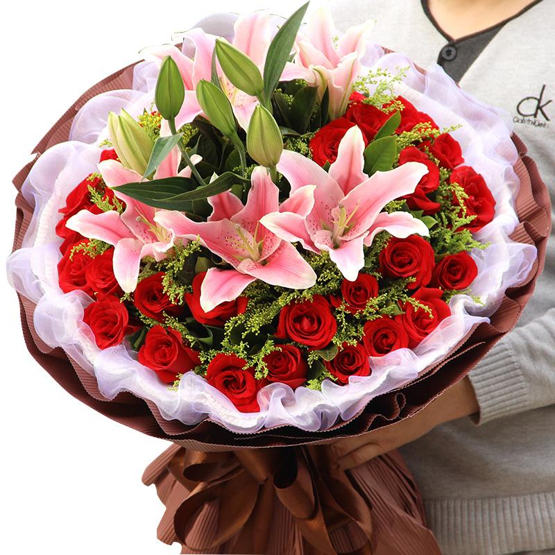 永永远远-33支精品红玫瑰+百合