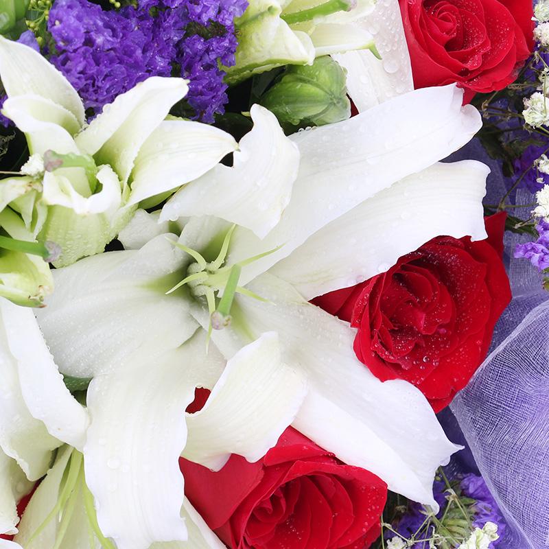 爱如空气-9支精品红玫瑰+百合