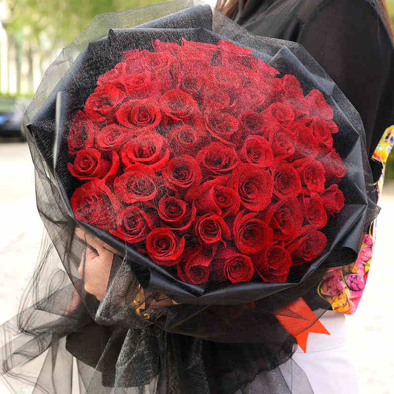 千言万语-66支亚博体育官方通道红玫瑰