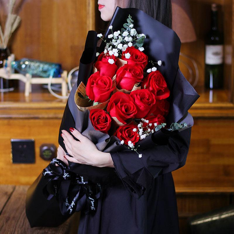 甜蜜约会-11支精品红玫瑰