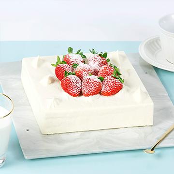 草莓奶油鲜奶蛋糕