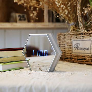 多功能镜像闹钟(闹钟、化妆镜、夜灯)