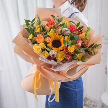美好的明天-1支向日葵+11支精品黄玫瑰混搭