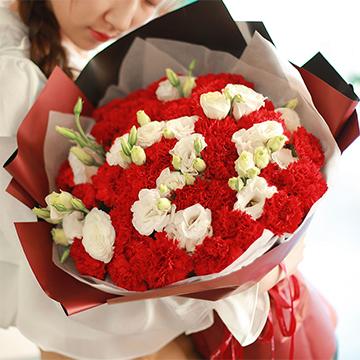 永恒的母爱-33支精品红色康乃馨