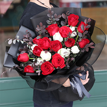 幸福逐渐到来-19支精品混色玫瑰