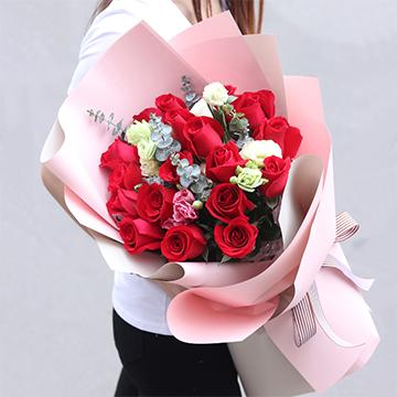 拥抱的幸福-19支精品红玫瑰