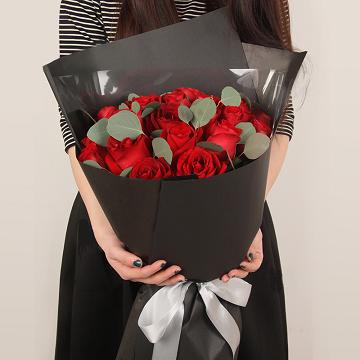 恋爱物语-19支精品红玫瑰