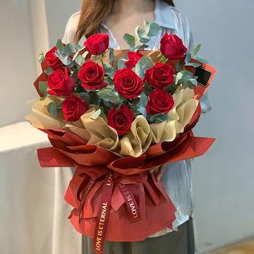 满满都是爱-11支精品红玫瑰
