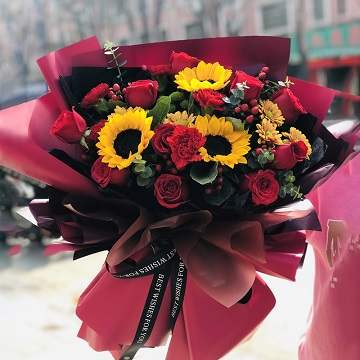 美好时光-11支精品红玫瑰+3支向日葵混搭
