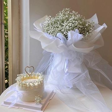小时光-6寸蛋糕+白色满天星花束组合